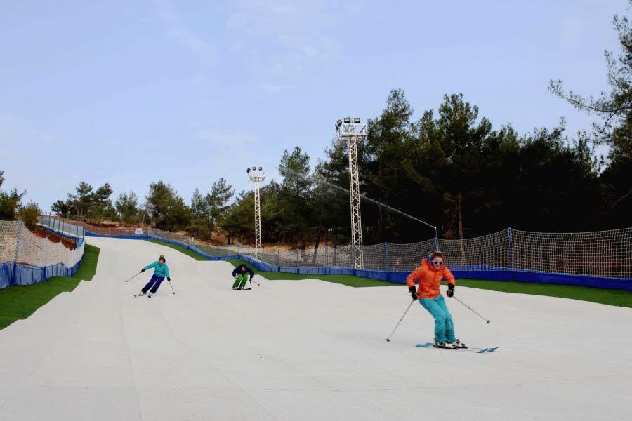 Turquie: skier sur du plastique