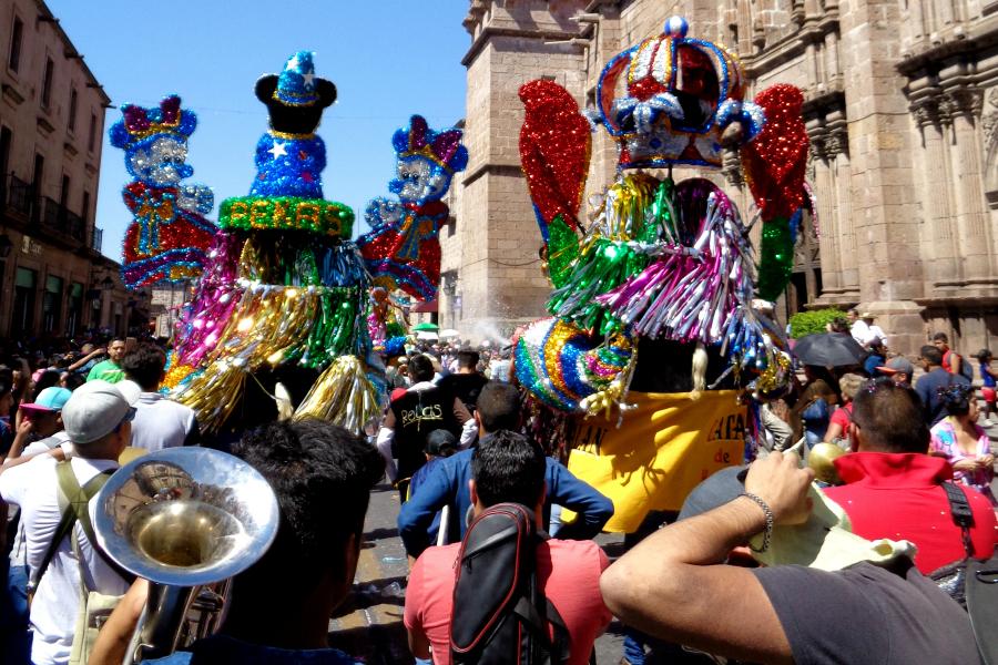 Mexique : VIDEO Morelia (carnaval)