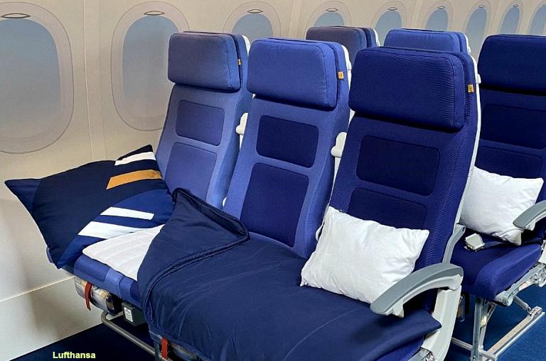 Lufthansa teste la « couchette » en classe économique
