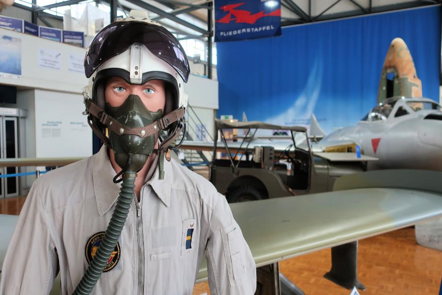 Suisse : VIDEO Payerne (Musée Aviation)