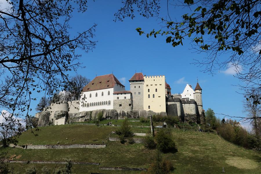 Suisse : VIDEO château de Lenzbourg