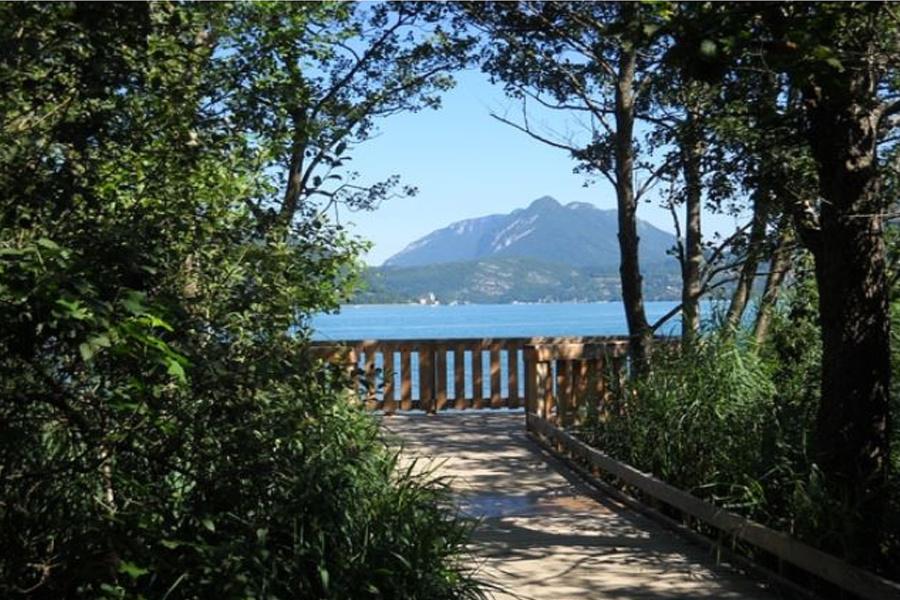 France : Annecy (les sources du lac)