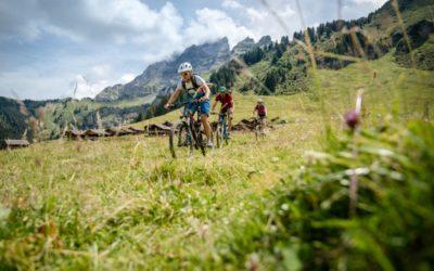Balades à vélo : 7  bons plans en Suisse