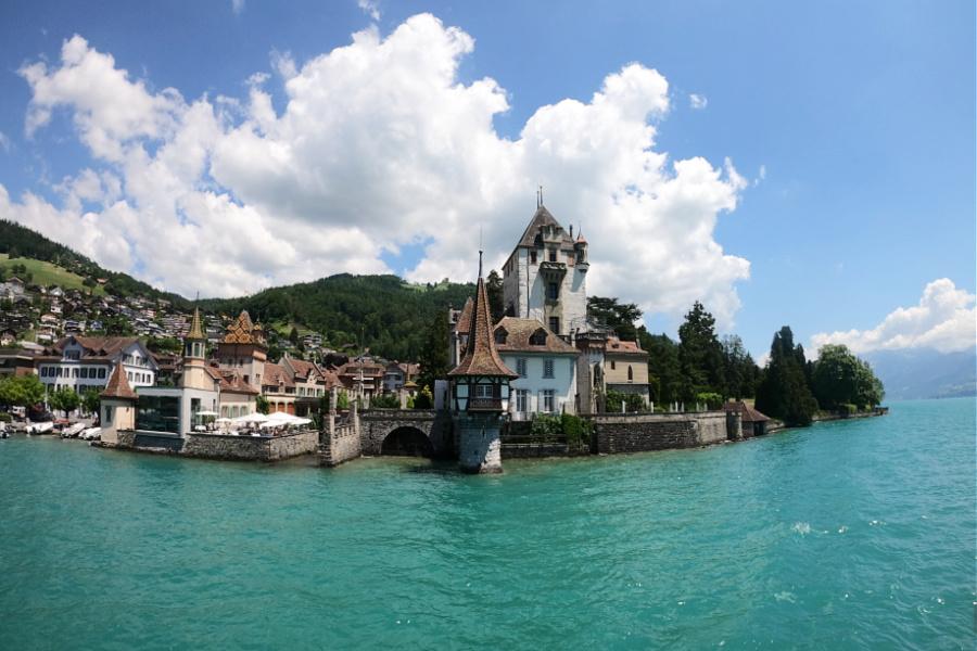 Suisse : VIDEO Lac de Thoune (croisière)