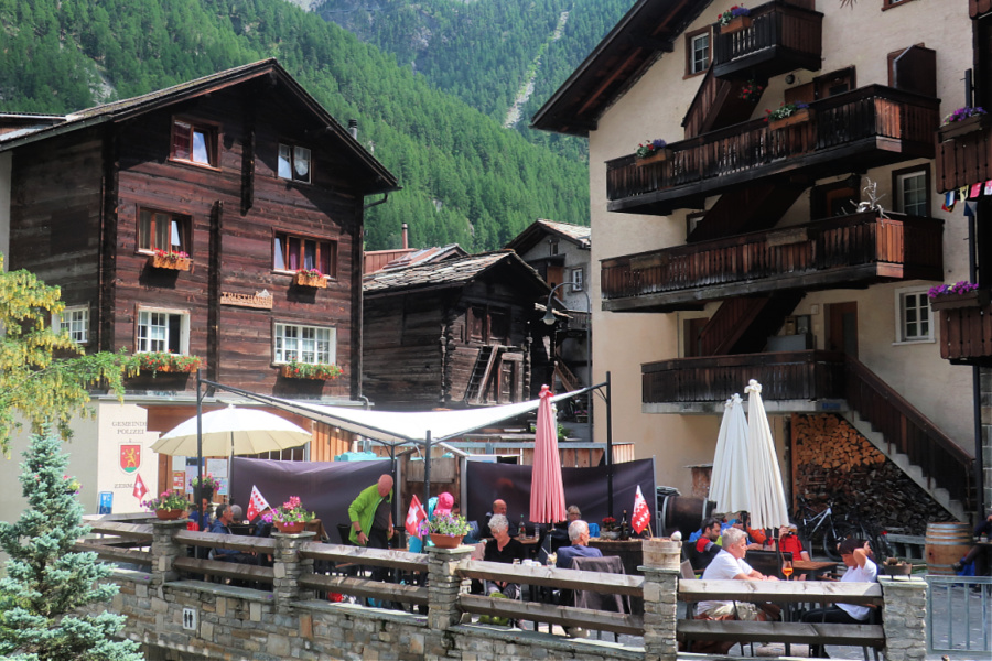 Suisse : VIDEO Zermatt (Hinterdorf)